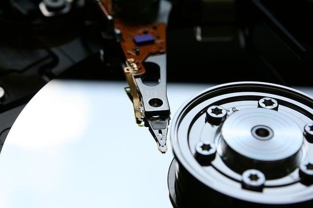 ultrasonidos-bloquean-sistema-operativo-disco-duro-informaticasevilla